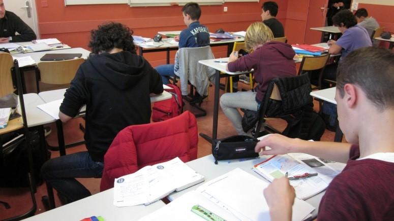 élèves en classe